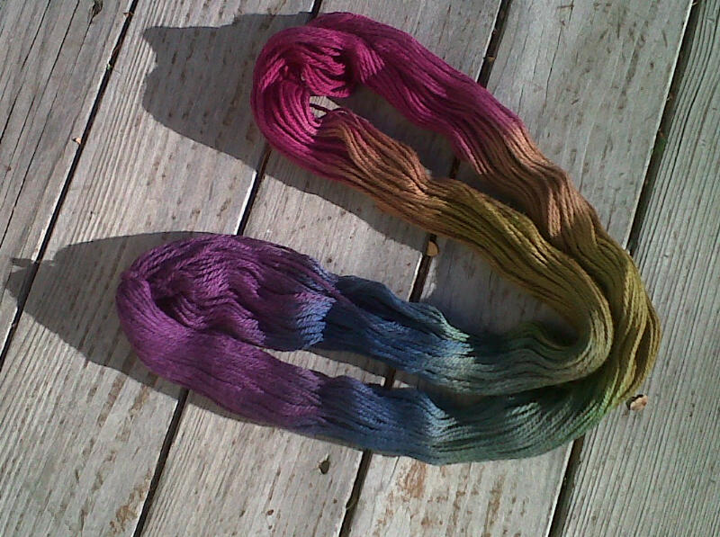 Open skein of dyed yarn.