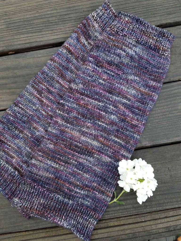 Finished arm warmers.